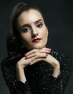 Najwa Zebian